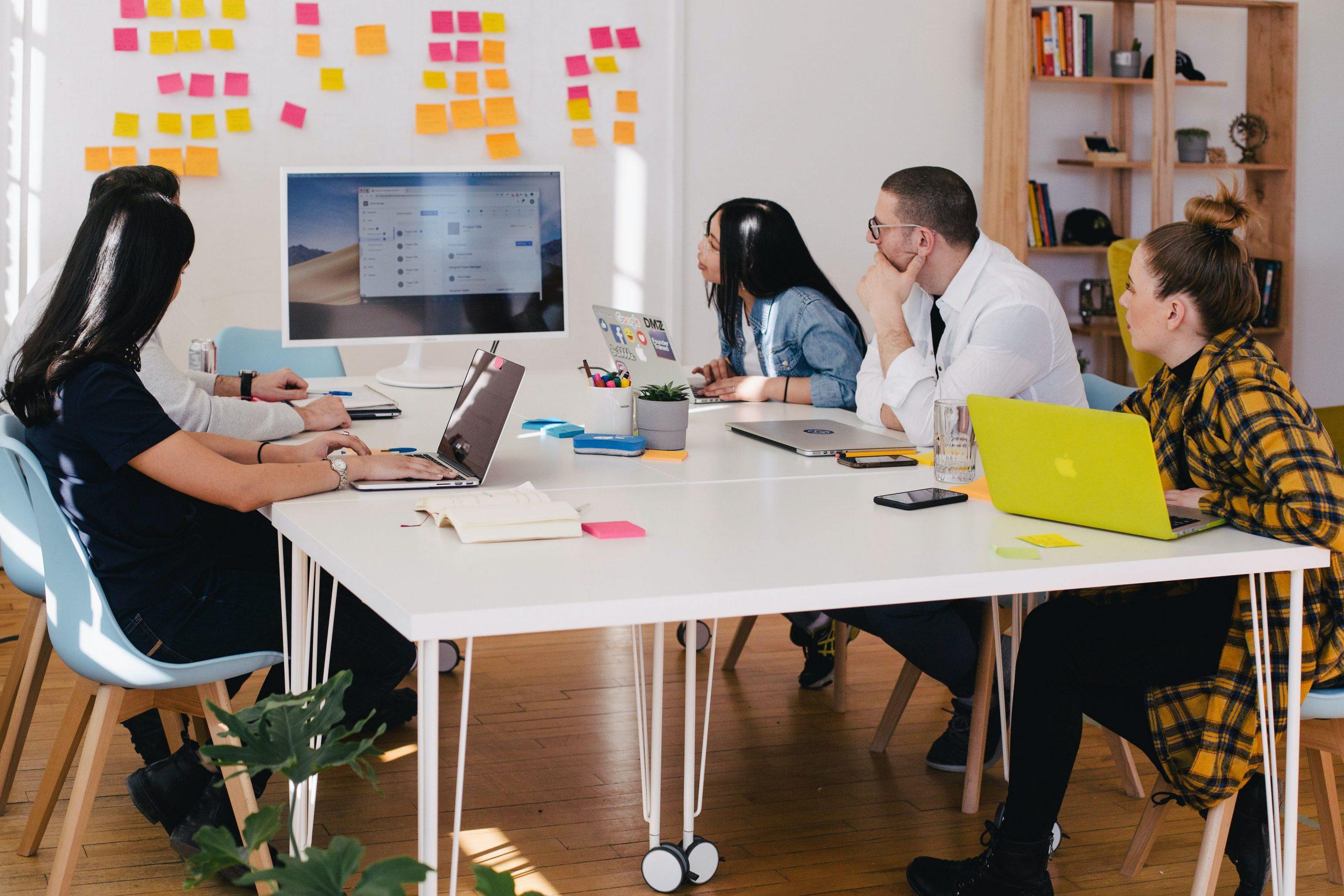 Jak skutecznie wypromować mały biznes w internecie?